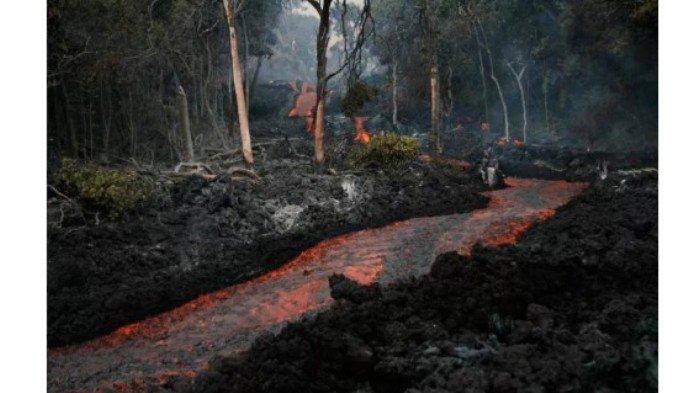 Fenomena Sungai di Hawai, Bukan Air tapi LAVA letusan