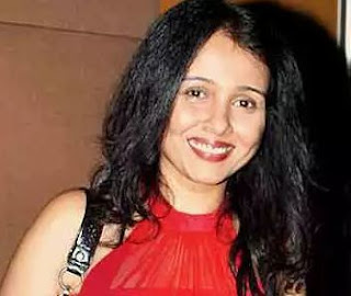 Suchitra Krishnamoorthi Family Husband Son Daughter Father Mother Marriage Photos Biography Profile.