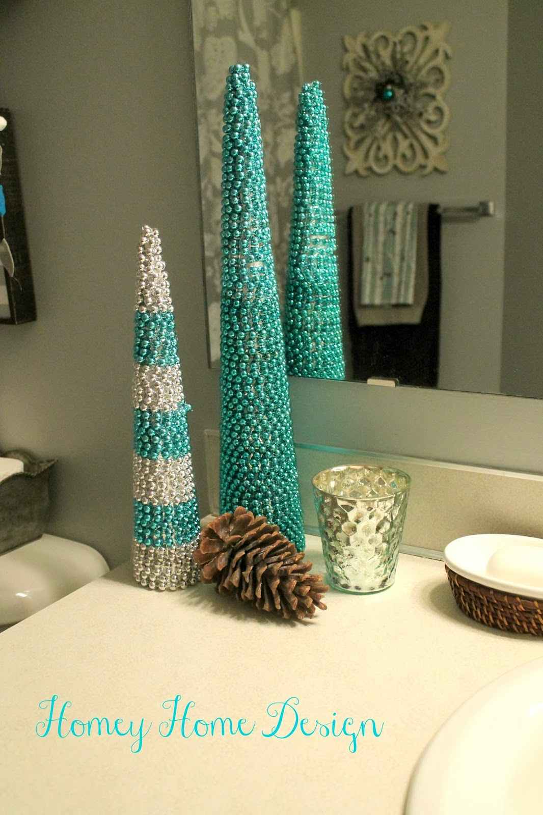 How To Decorate A Small Bathroom For Christmas: Homey Home Design: Bathroom Christmas Ideas