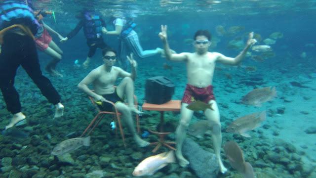 foto bawah air umbul ponggok