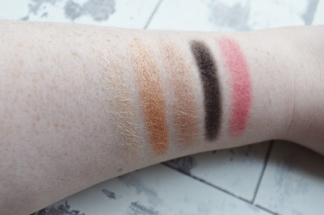 Bobbi Brown Sultry Nude Eye & Cheek Palette Swatches