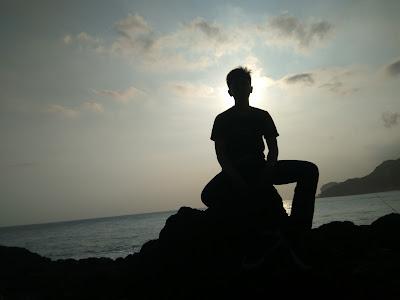 Kata Kata Galau Kecewa www.perasaanku.my.id