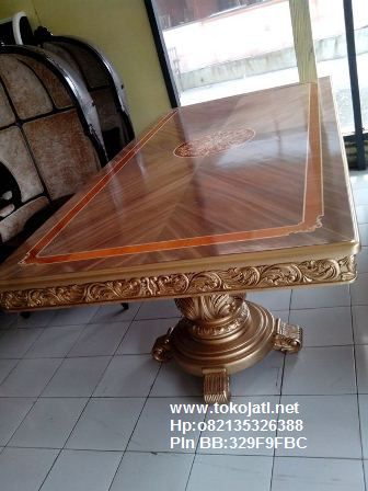 Jual Mebel Jepara,Toko Mebel Jati klasik,Furniture Mebel Jepara code mebel ukir jepara A1137 meja makan klasik jepara ukiran klasik mewah,FURNITURE UKIR JEPARA|FURNITURE JATI JEPARA|FURNITURE DUCO JEPARA|FURNITURE KLASIK JEPARA|FURNITURE UKIRAN JEPARA|FURNITURE JATI KLASIK|FURNITURE FRENCH STYLE|FURNITURE  CLASSIC EROPA|FURNITURE CLASSIC FRENCH JEPARA|FURNITURE JEPARA|FURNITURE UKIR JATI|FURNITURE  JEPARA TERBARU|FURNITURE JATI|FURNITURE CLASSIC|FURNITURE DUCO PUTIH MEWAH,FURNITURE KAMAR SET UKIRAN JATI KLASIK JEPARA|FURNITURE RUANG TAMU JATI KLASIK DUCO|FURNITURE DUCO PUTIH|FURNITURE KLASIK GOLD SILVER|FURNITURE JATI COKELAT|FURNITURE FRENCH PUTIH MEWAH|FURNITURE JATI UKIRAN JEPARA