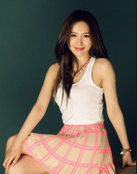 Photo  Shin Joo-ah
