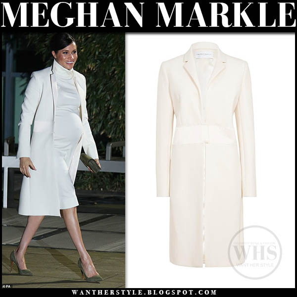 Meghan Markle Duchess Sussex wears white tailored amanda wakeley coat, white turtleneck calvin klein dress with khaki suede pumps gala royal family february 2019 baby bump
