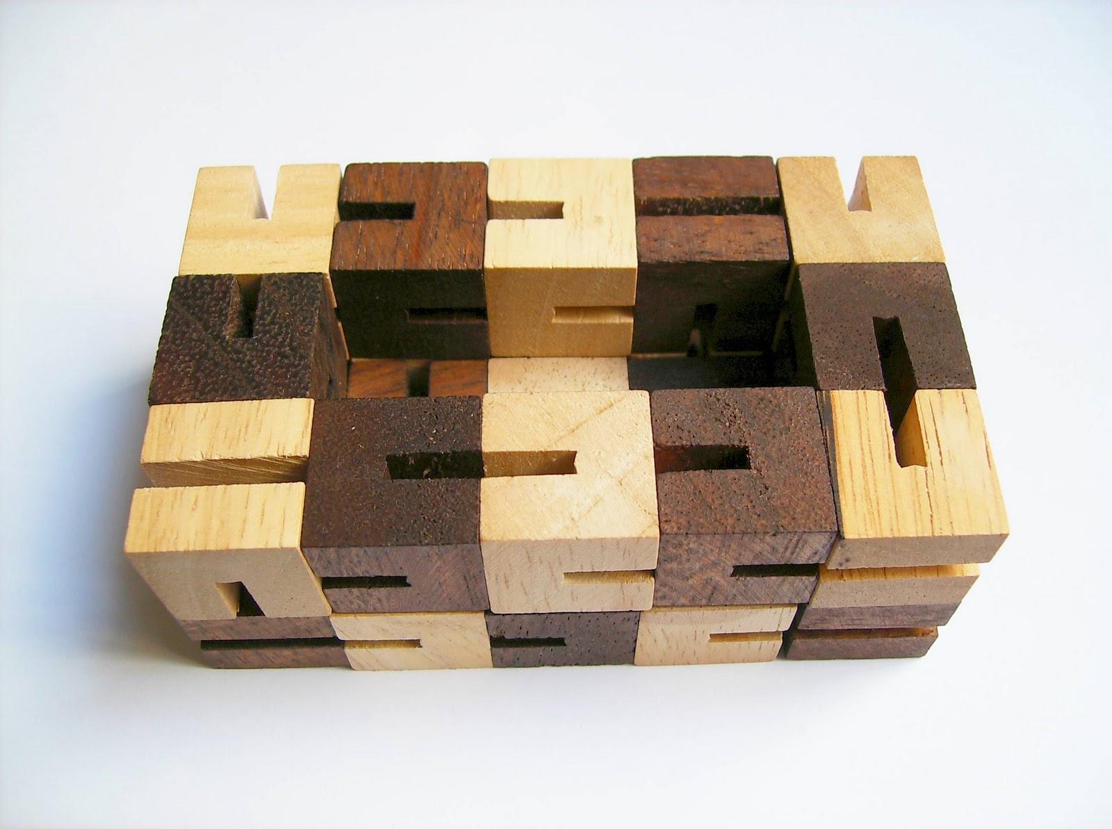 Gabriel Fernandes' Puzzle Collection: Shapeshifter