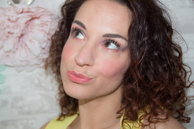 maquillage de printemps avec la palette sugar pop de too faced
