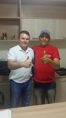 Em Anapurus, Julio Cesar acaba de receber apoio de Nego do Deda ex-candidato a vereador pelo grupo da oposição