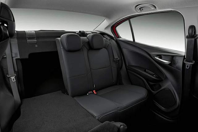 Fiat CronosFiat Cronos Drive  - espaço interno Drive