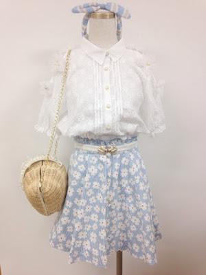 http://ameblo.jp/lizlisa-official/entry-11877817044.html