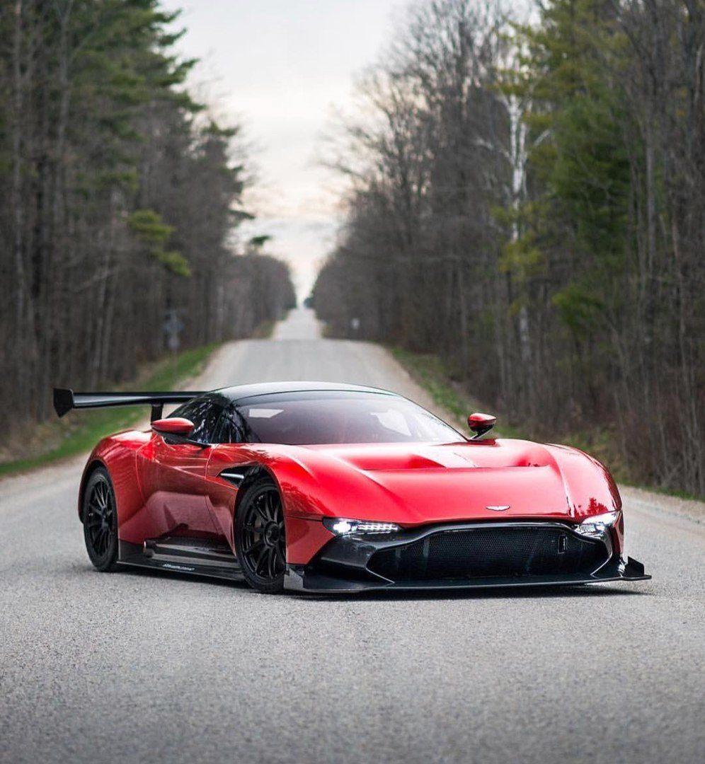 aston martin vulcan - best cars