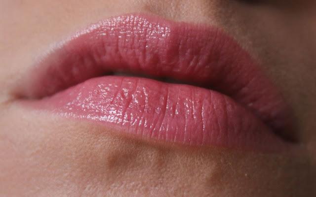 Глянцевая помада-блеск для губ, розовая