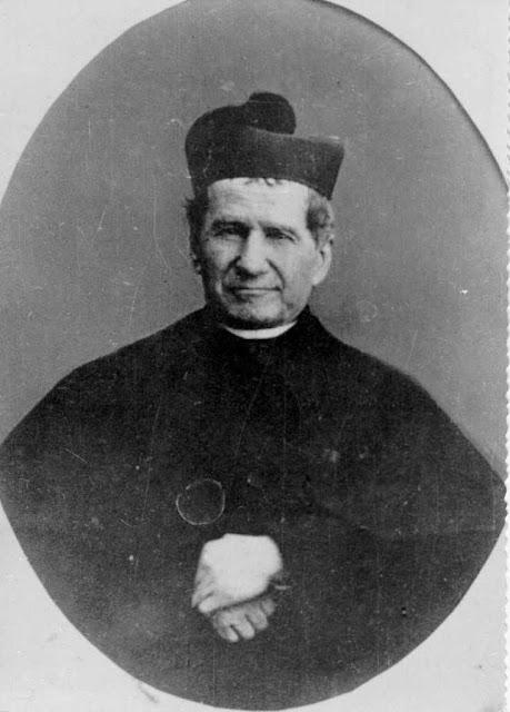 São João Bosco, mestre da mocidade católica.