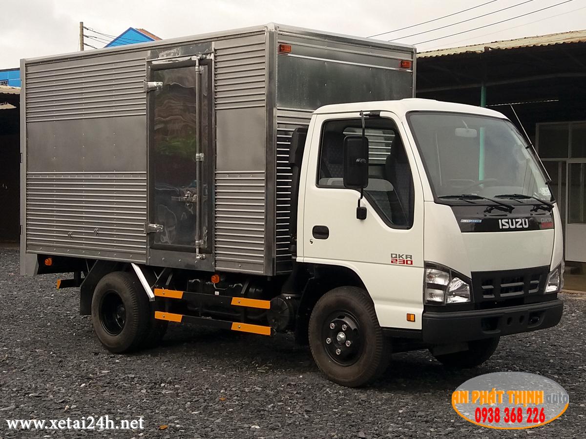 Xe tải ISUZU QKR77FE4 tải trọng 1T5 - 2T - 2T5, thùng dài 3m6