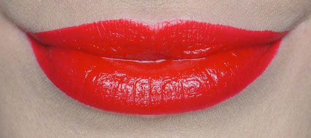 rimmel apocalips lip lacquer 400 big bang swatch