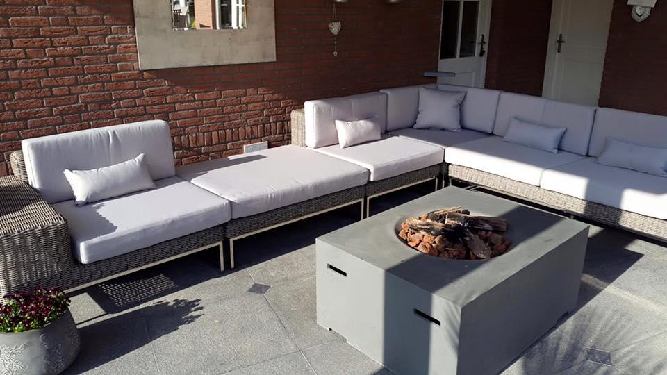 Arbrini design tuinmeubelen april 2016 - Moderne hoek lounge ...