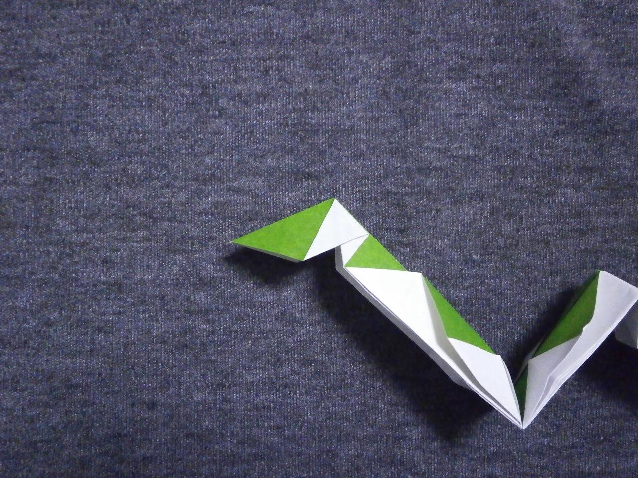 KATAKOTO ORIGAMI: How to fold an origami snake - photo#8