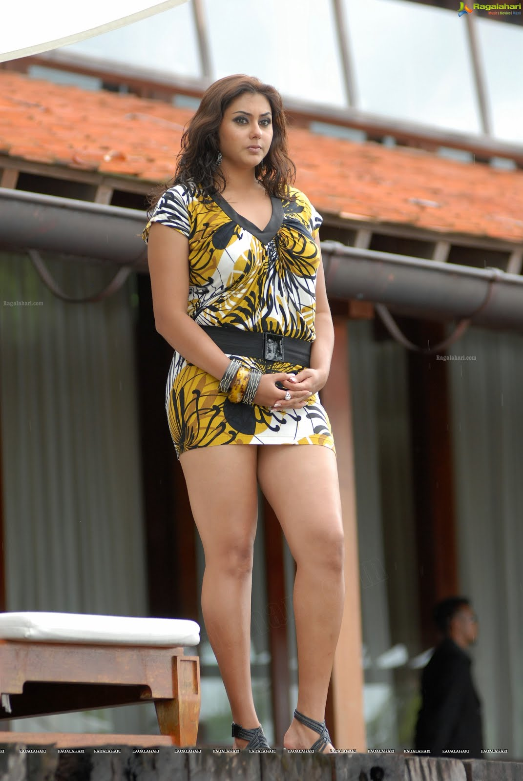 Hd Pics Namitha Very Hot Big Thighs Show Images - Wiral -6856