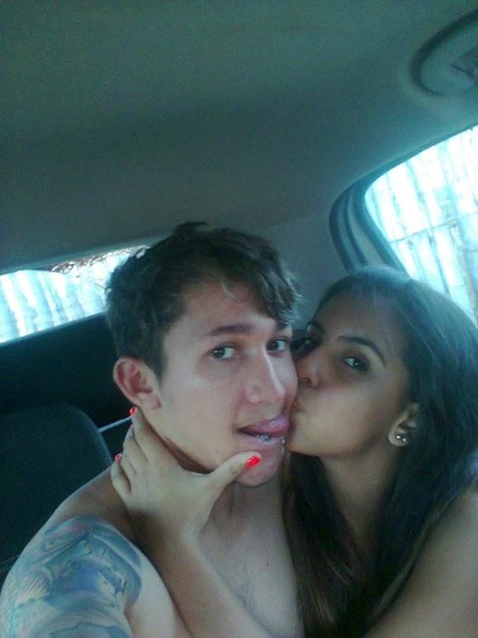 Novinha e namorado cairam na net fazendo sacanagem no carro