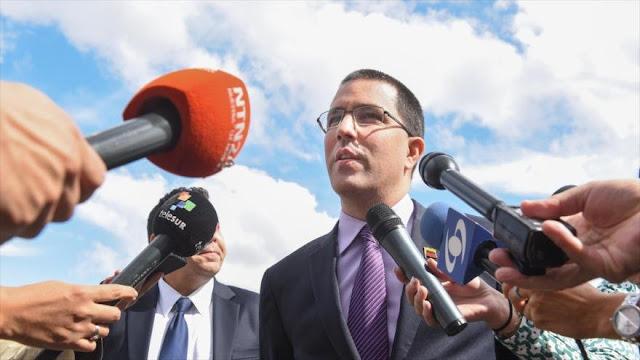 """EEUU planea un """"vulgar golpe a la democracia"""" en Venezuela"""