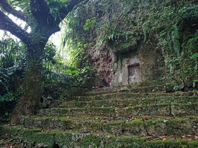 王妃の墓(ウナサラウハカ)の写真