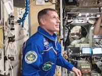 7 Hal Aneh ini Pernah Ditemukan Astronot di Luar Angkasa, Dari Penampakan Ular Hingga Suara Azan