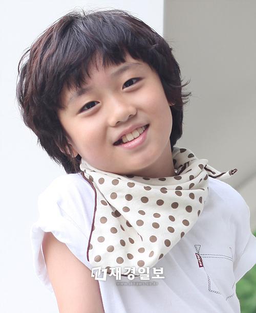 Yi Geum: 10 Artis CILIK Korea Yang Cute Abis....!