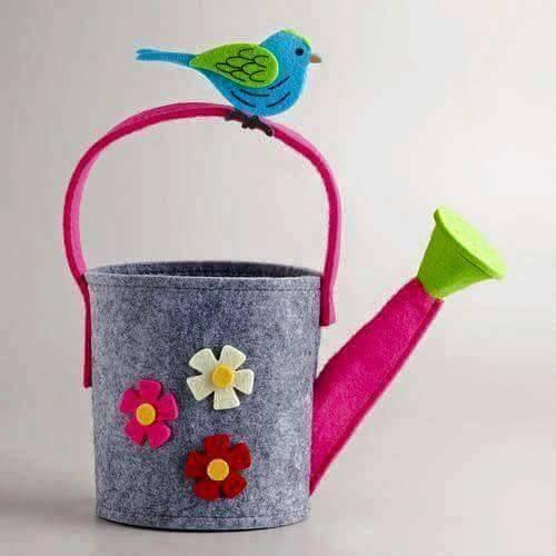 Ide membuat kerajinan menggunakan foam berbentuk penyiram air bermotif bunga 1