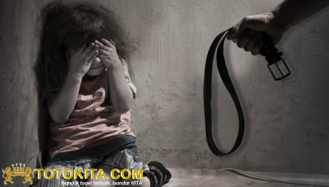 Seorang Ibu Tega Aniaya Anak Kandungnya Hingga Tewas