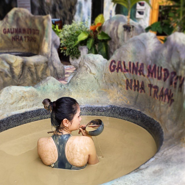 Vietnam Travel Photo Diary Mud Bath in Nha Trang