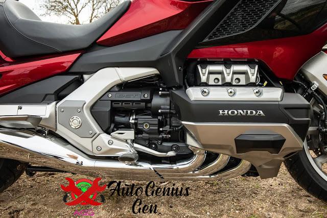 Honda Gold Wing, Produk 1M asal Honda
