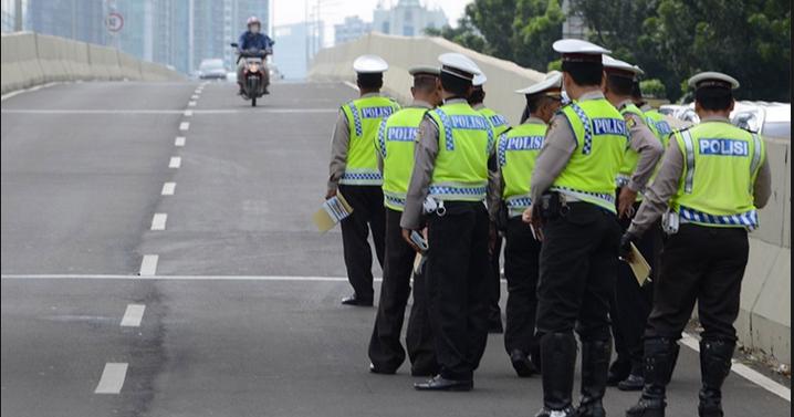 Tips Cerdas Menghindari Razia Polisi Di Jalan Raumus Com