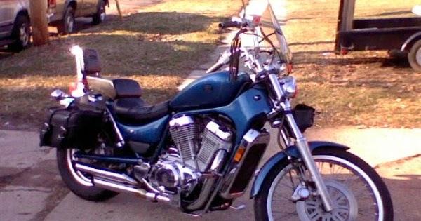 suzuki vs750 intruder motorcycle 1988 1991 complete. Black Bedroom Furniture Sets. Home Design Ideas