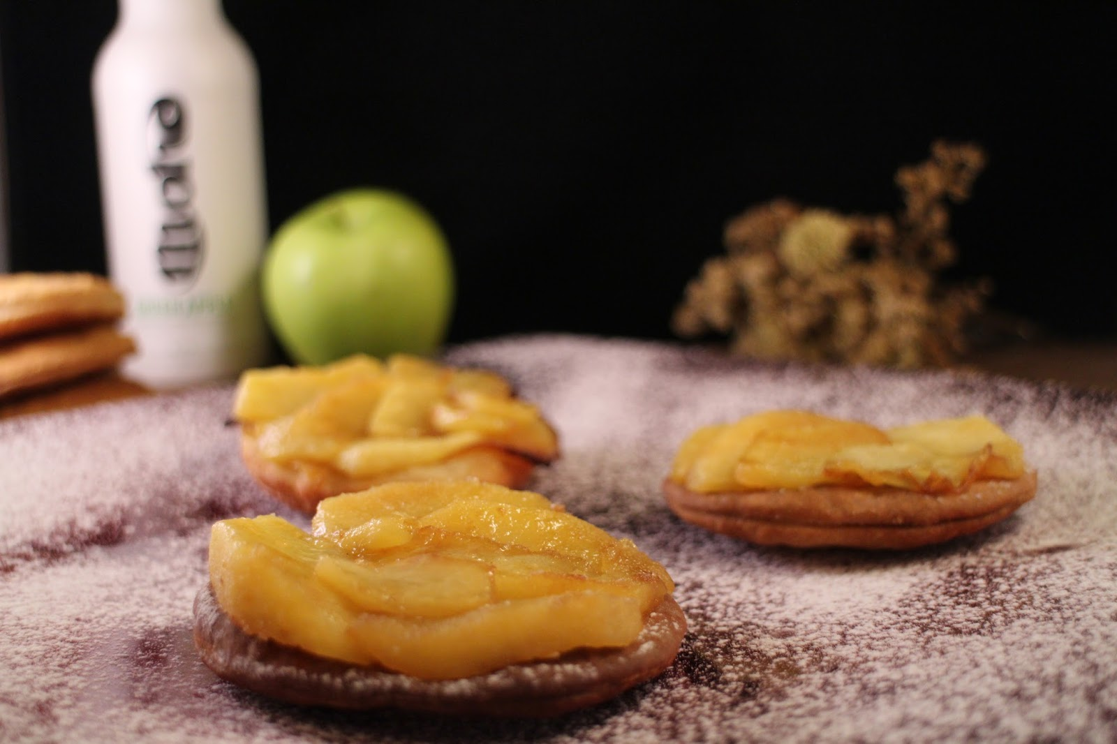 cider-apple-tarts, tartas-de-manzana-a-la-sidra