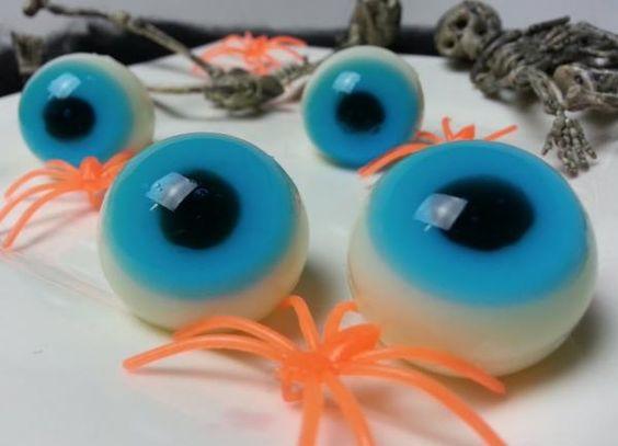 doce com formato de olho para festa de halloween