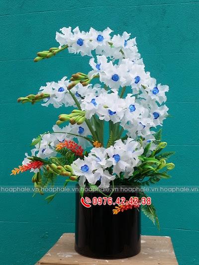Hoa da pha le o Hai Ba Trung