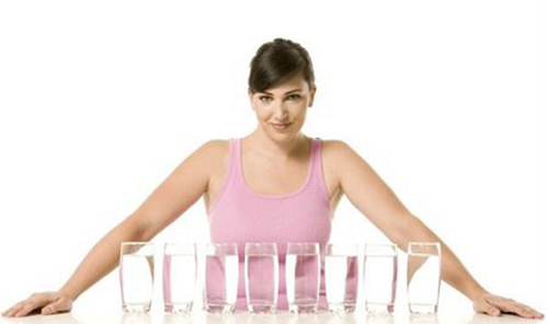 Nước lọc giúp thanh lọc độc tố và giảm cân hiệu quả