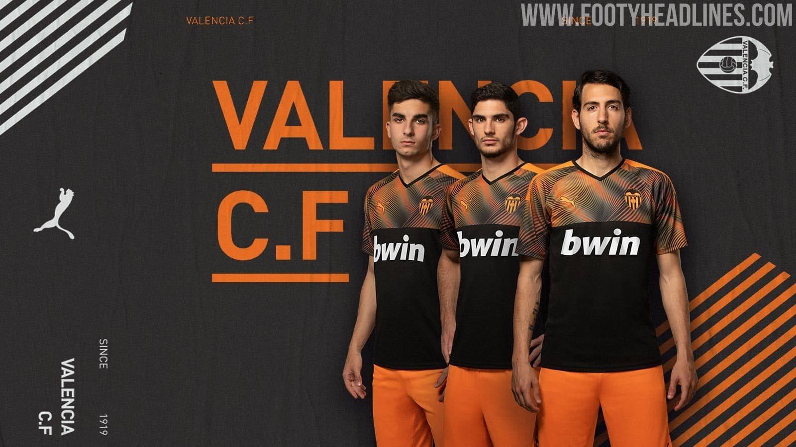 Spectacular: Puma Valencia 19-20 Away Kit Released - Footy ...