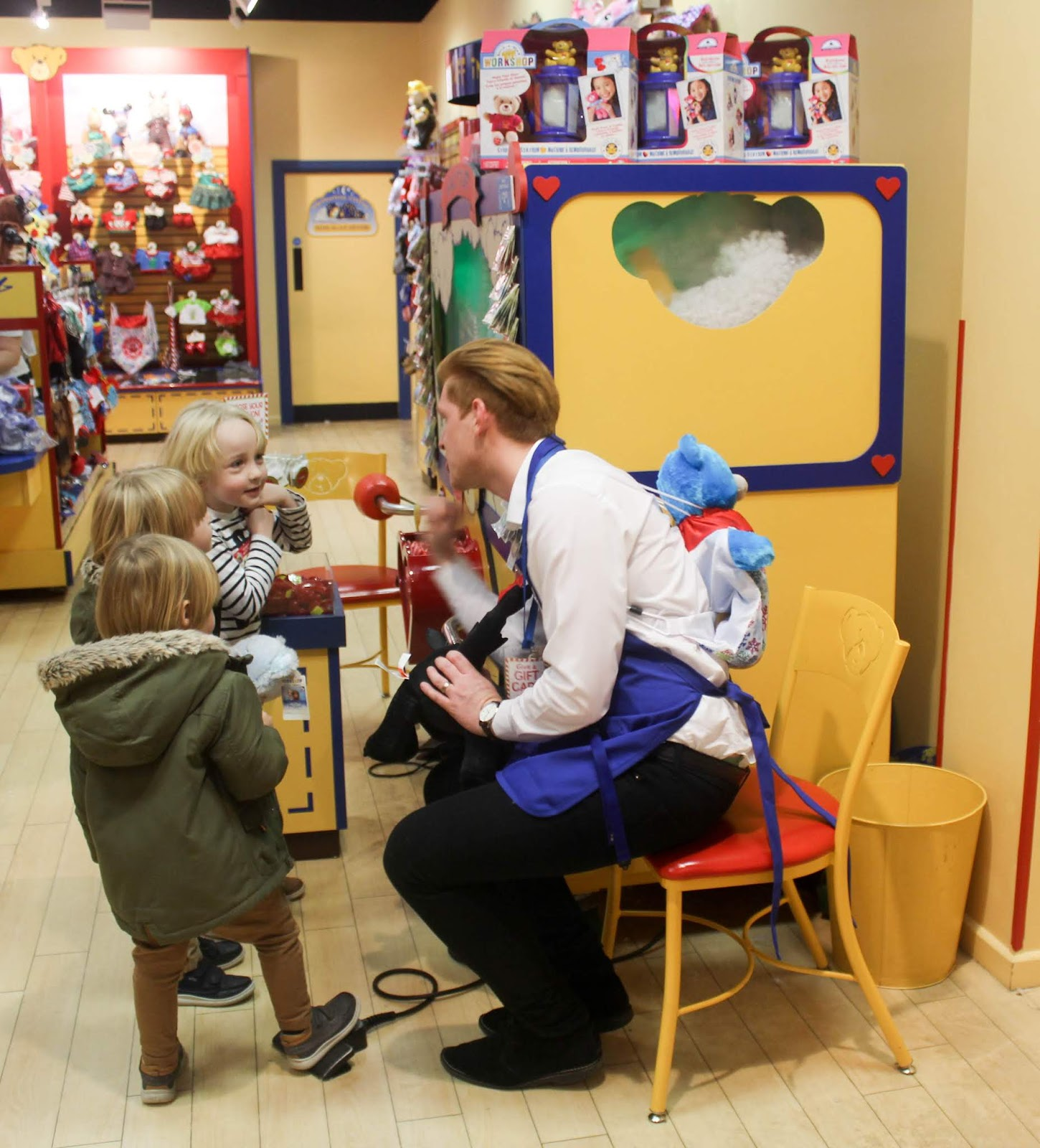 Making New Furry Friends At Build A Bear Sparkles And Stretchmarks