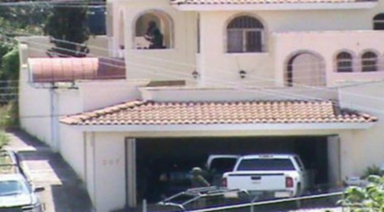 Casas de Seguridad: Refugio de narcotraficantes utilizado para fabricar droga, torturar y asesinar gente.