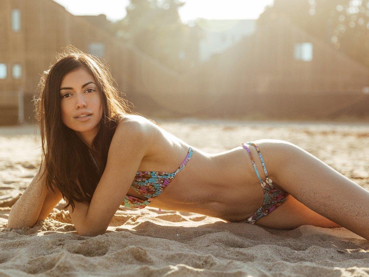 Bikini Dillon Duchesne nude (53 photo), Topless, Hot, Selfie, see through 2015