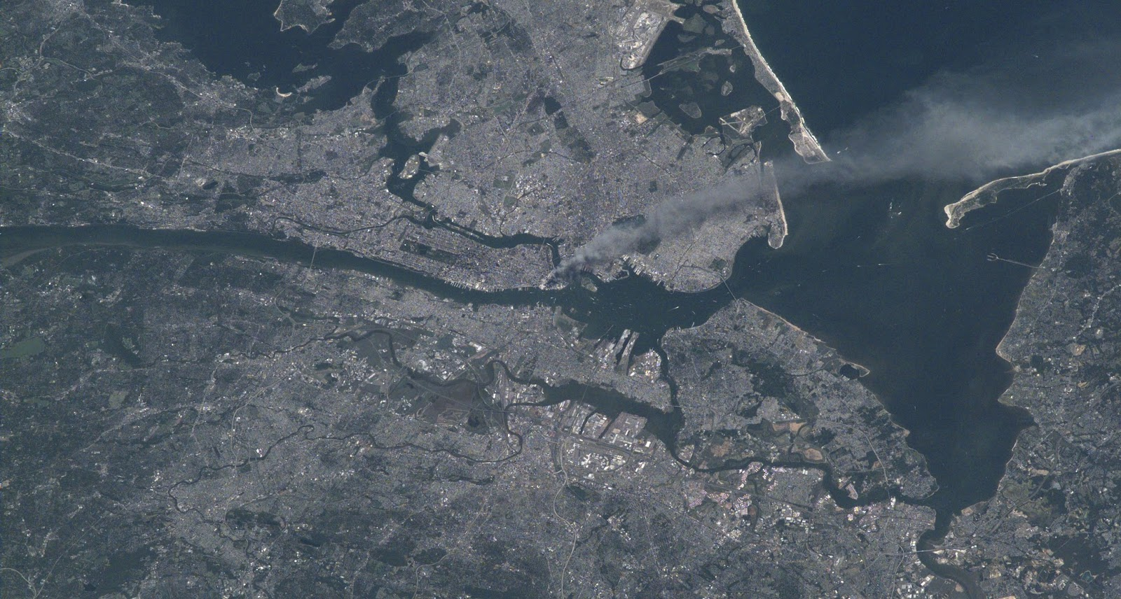 Smoke plume from the World Trade Center phtographed from the International Space Station