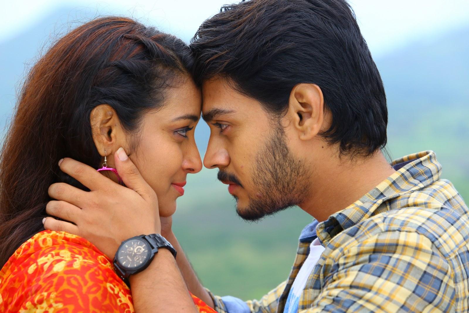 Iddari madhya 18 Movie stills-HQ-Photo-3