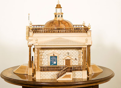 Memory Box in the form of a Pantheon Theatre