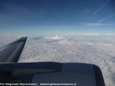 Lot nad chmurami