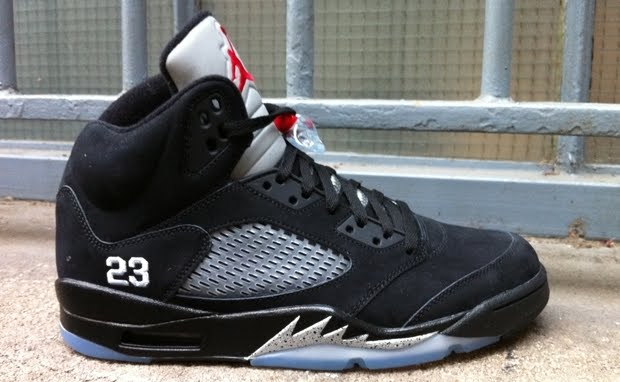 d012eb79579 ... closeout air jordan 5 black metallic silver 97cae 09034