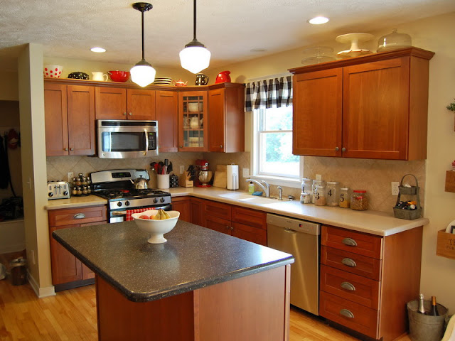 Wood kitchen styles with modern appliances and warm colors Wood kitchen styles with modern appliances and warm colors Wood 2Bkitchen 2Bstyles 2Bwith 2Bmodern 2Bappliances 2Band 2Bwarm 2Bcolors689