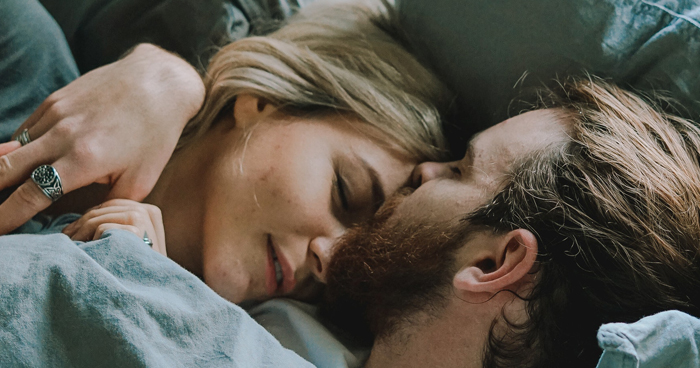 3 Simple Ways To Make Any Man Addicted To You