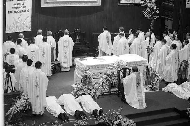 Lễ truyền chức Phó tế và Linh mục tại Giáo phận Lạng Sơn Cao Bằng 27.12.2017 - Ảnh minh hoạ 14