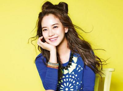 Gaya Rambut Cantik Song Ji Hyo